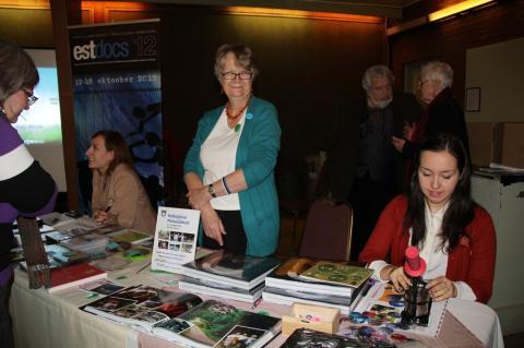 EstDocs ja Metsaülikool. Vasakult Kaisa Pitsi, Inga Eichenbaum ja Katariina Jaenes - pics/2012/12/38190_022_t.jpg
