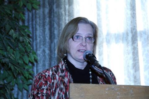 Ehatare Foundation ja Eesti Abistamiskomitee Kanadas esindaja Lea Kõiv - pics/2013/01/38328_008_t.jpg