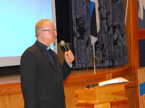 Vana Andrese koguduse õp. Kalle Kadakas õhtu peakõnega. - pics/2013/02/38782_005_t.jpg