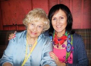 Pr. Evelyn Koop ja Janika Mölder Rühmvõimlemise 2013. a. Maailmameistrivõistlustel Soomes, Lahtis. - pics/2013/08/40105_001_t.jpg