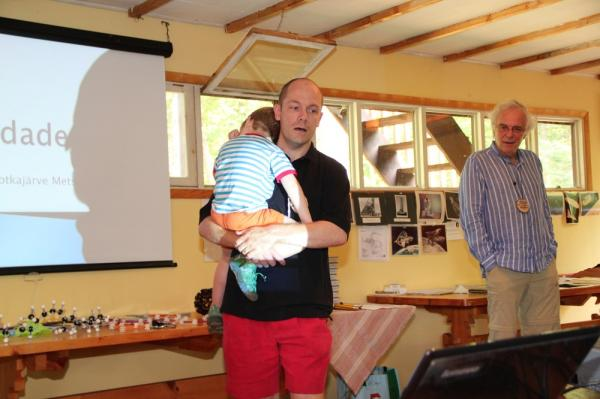 Alvar Soosaar tutvustams oma isa Keto Soosaart - pics/2013/08/40162_030_t.jpg