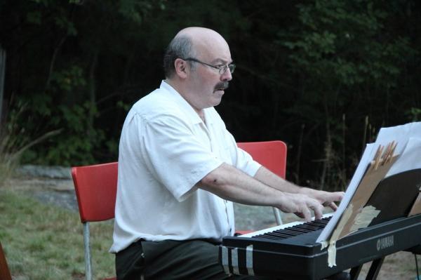 Helilooja Mark Julsoni kontsert - pics/2013/08/40162_048_t.jpg