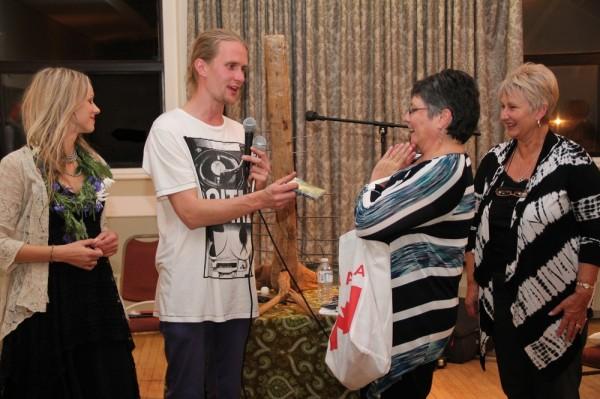 vasakult Kristiina Ehin, Silver Sepp, Silvi Verder ja Elle Rosenberg - pics/2013/09/40372_013_t.jpg