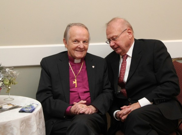 vasakult piiskop Andres Taul ja Tiit Tralla - pics/2014/01/41021_014_t.jpg