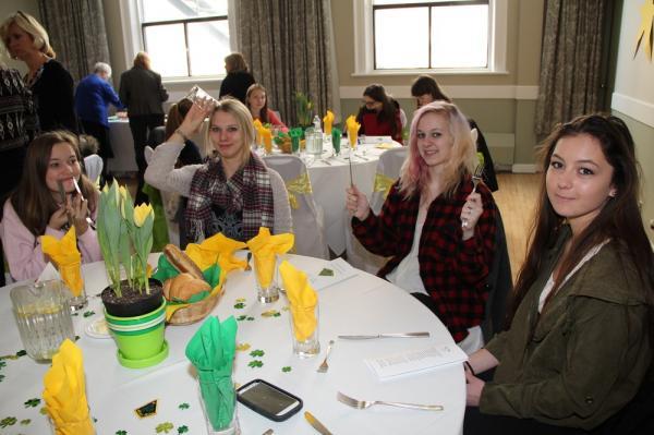 Seliina McConville, Hanna Maripuu, Sonja Dobson, Tiffany Hogg - pics/2014/02/41429_002_t.jpg