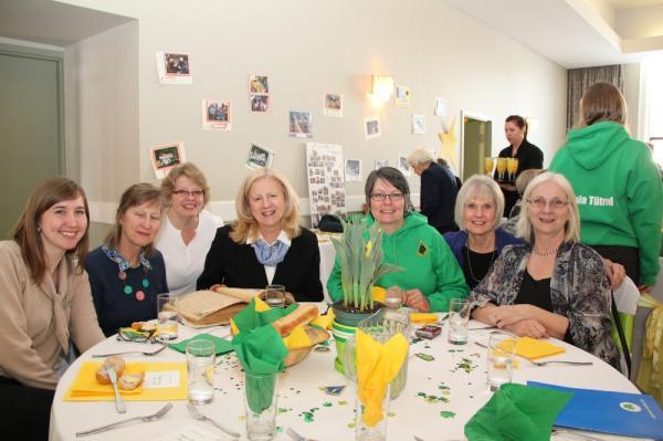 Elena Lepik, Liina Purje-Lepik, Leena Rosenberg, Mailis Saun, Silvi Verder, Linda Kolga, Tiina Martjak - pics/2014/02/41429_004_t.jpg