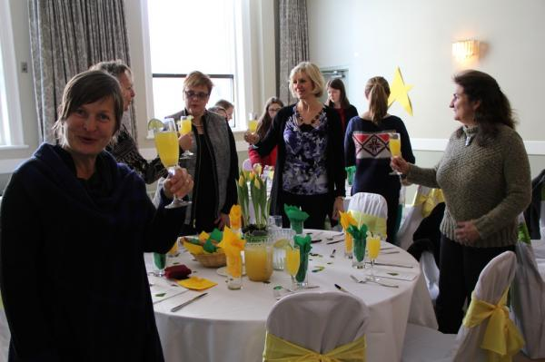 Ellen Valter, Maris-Ann Heinmaa (varjatud), Linda Soolepp, Linda Karuks, Ava Kiilaspea - pics/2014/02/41429_011_t.jpg