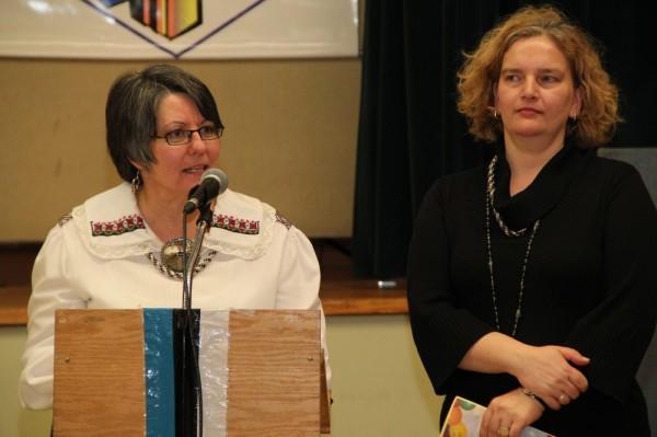 Koolijuhatajad Silvi Verder ja Liisa Soots - pics/2014/02/41499_046_t.jpg