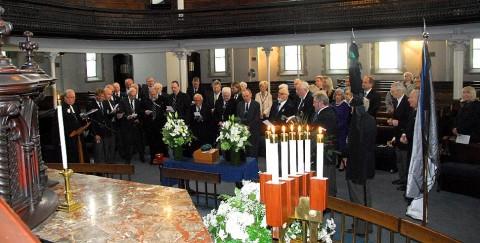 Mälestusteenistusel Vana Andrese kirikus - pics/2014/05/42297_002_t.jpg
