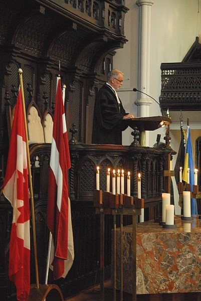 Rev Dr. Fritz Kristenbergs - pics/2014/06/42416_016_t.jpg