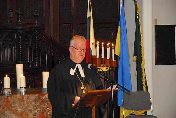 Rev. Kalle Kadakas - pics/2014/06/42416_021_t.jpg