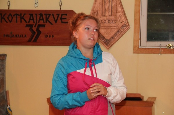 Leaanika Parra tutvustab lektorit - pics/2014/08/42850_063_t.jpg