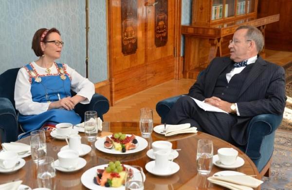 Soome suursaadik Kirsti Johanna Narinen, - pics/2014/09/43130_001_t.jpg