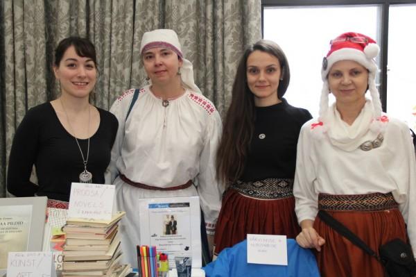 Laani Heinar, Lea Kreinin, Kadri Viires ja Piret Noorhani - pics/2014/12/43828_024_t.jpg