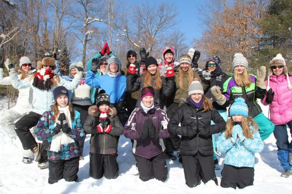 Jooga grupis osalejad, ees keskel grupi juht Kristina Põldre - pics/2015/02/44413_053_t.jpg