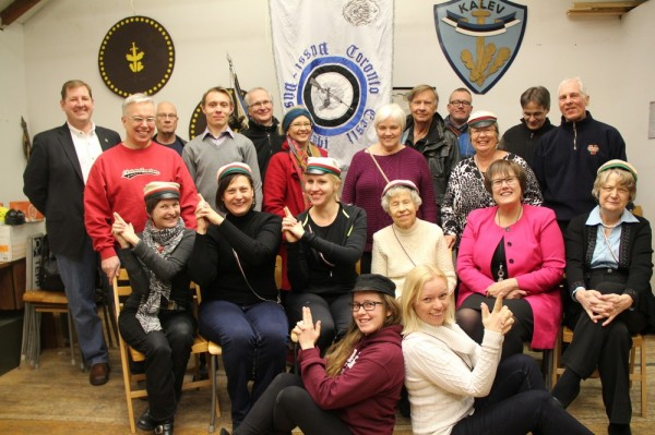 Veebruaris toimus Filiae Patriae ja Toronto Eesti Püstoli- ja Püssiklubi külalisõhtu. Foto: Tauno Mölder. - pics/2015/02/44436_002_t.jpg