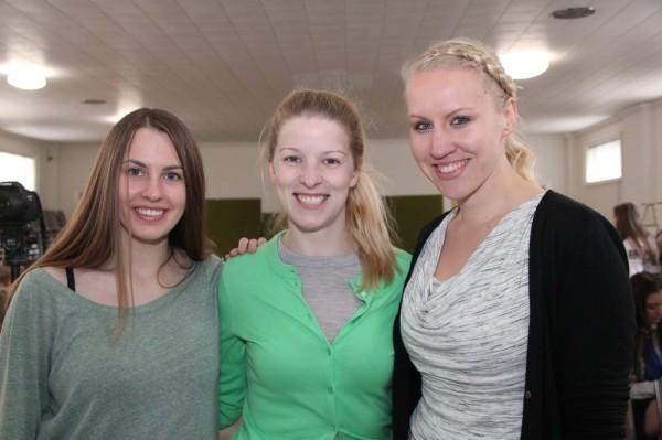 Lauluvõistluse zürii liikmed Liis Jakobson, Kristina Põldre ja Elli Kipper - pics/2015/03/44542_032_t.jpg