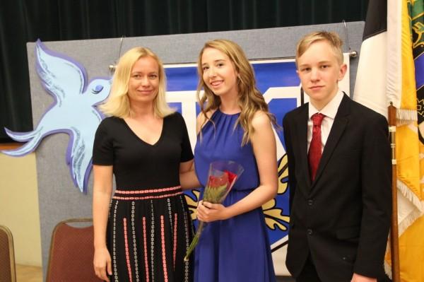 Merli Tamtik, Kristen Saarna ja August Jalakas - pics/2015/05/44955_050_t.jpg