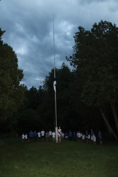 Seedrioru laste suvekodu 2015 a. viimane laagri lipulangetamine. - pics/2015/08/45475_008_t.jpg