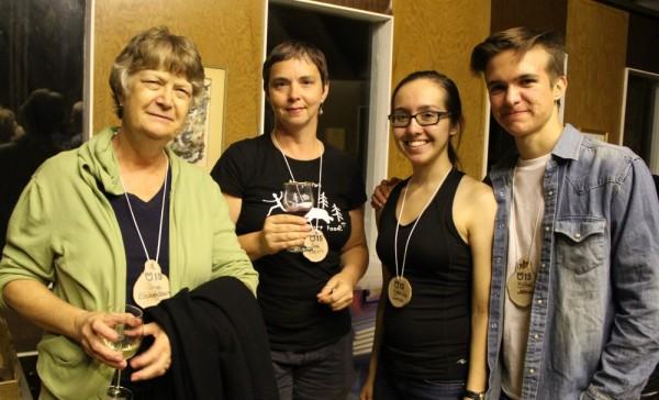 Inga Eichenbaum, Lea Kreinin, Katariina Jaenes ja Mihkel Jaenes - pics/2015/08/45640_013_t.jpg