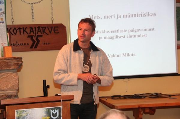 Valdur Mikita loeng käsitles eestlaste elutunnet - pics/2015/08/45640_075_t.jpg