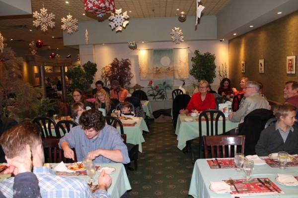 Kitcheneri Eesti Seltsi jõulukoosviibimine, Mandarin restoranis, Kitcheneris - pics/2015/12/46446_002_t.jpg