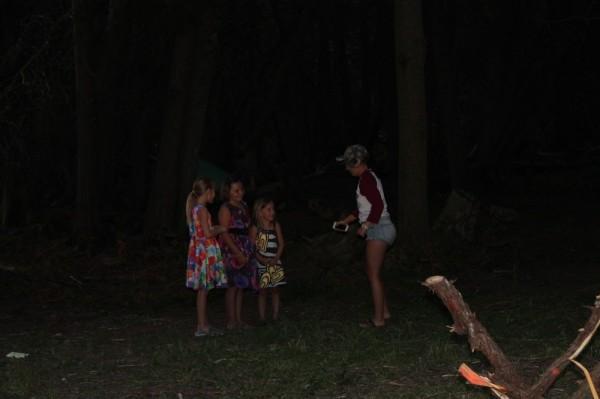 Väikeste tüdrukute grupp - pics/2016/07/48051_017_t.jpg