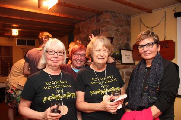 Asta Lokk, Käbi Lokk, Inga Eichenbaum ja Svea Einola - pics/2016/08/48174_090_t.jpg