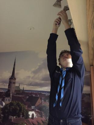Sass Chandler-Long is putting his Scouting talents to work in helping to light up the Estonian House Café. He is now a member of the Friends' volunteer team. - pics/2017/02/49140_002.jpg