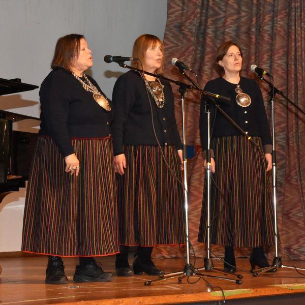 Jaaniku ansambel; Anu Sepp, Ilo Maimets ja Linda Norheim-Brookes - pics/2017/04/49608_011_t.jpg