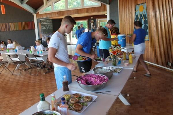 Rikkalik õhtusöök toimus enne Seedrioru valguspidu - pics/2017/07/50061_002_t.jpg