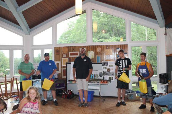 Eric Tiisler tänab laagri vabatahtlikuid - pics/2017/07/50096_008_t.jpg