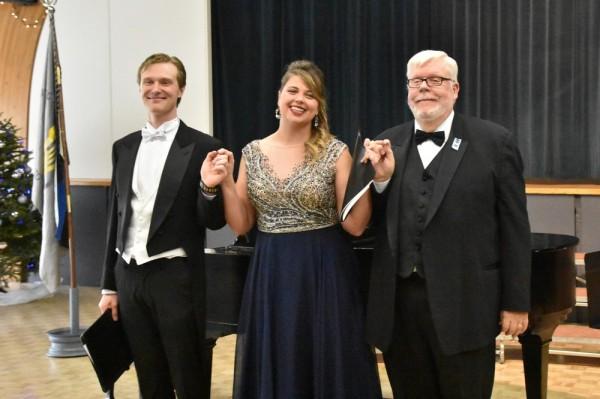 Stephen Bell, Kristina Agur, Charles Kipper - pics/2018/01/50942_011_t.jpg