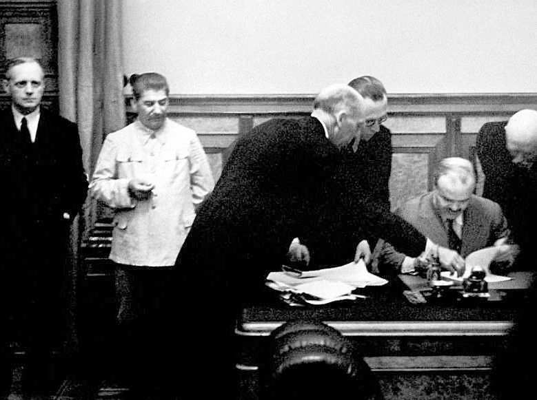 Russia reveals 'secret protocol' carving up Eastern Europe in 1939 Molotov-Ribbentrop pact - NP