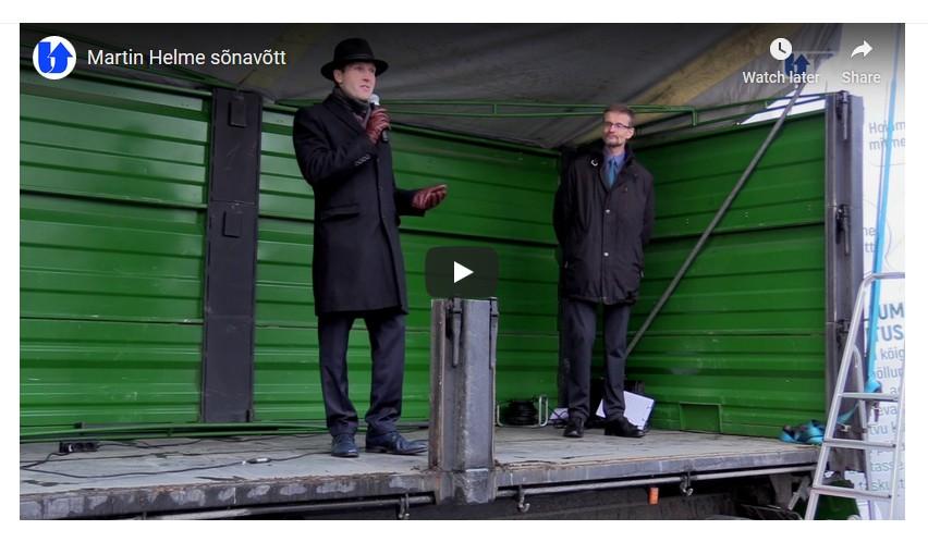 VIDEO Põllumehed toetasid Martin Helmet Toompeal ja kinkisid Riigikogu liikmetele mängutraktorid UU
